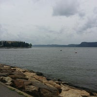 Photo taken at NY Waterway Ferry Terminal Ossining by DJCatch1 on 8/12/2014