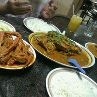 Photo taken at Restoran Kari Kepala Ikan Kampung Pandan by MrAzmir on 10/3/2012