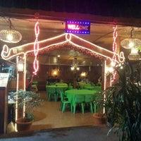 Photo taken at Sawadee Thai Seafood by Elissa E. on 2/8/2016