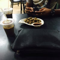 Photo taken at Kemaman Kopitiam by Rusydi R. on 6/27/2016