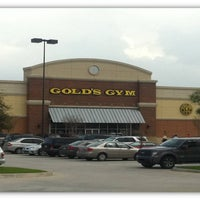 Photo taken at Gold's Gym by Gold's Gym on 3/20/2014