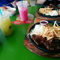 Photo taken at Rasa Rasa Muslim Thai Seafood Restaurant by Roslaily J. on 10/9/2015