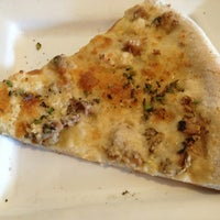 Photo taken at Pete's New Haven Style Pizza by Nancy E. on 6/2/2013