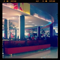 Photo taken at Patio de comidas by Henry Y. on 9/24/2012