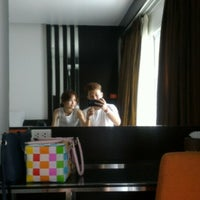 Photo taken at Seven Zea Chic Hotel by Sirawich K. on 5/7/2016