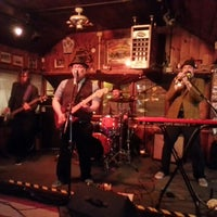 Photo taken at Henflings Tavern by Alexander K. on 3/29/2014