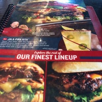 Photo taken at Red Robin Gourmet Burgers by Siobhan L. on 8/13/2016