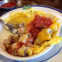 Photo taken at Bob Evans Restaurant by Alex G. on 9/6/2014