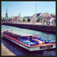 Photo taken at Canal Tours Copenhagen by Hans H. on 7/8/2013