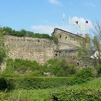 Photo taken at Schloss Rheinfels by Das ist nicht @. on 4/19/2014