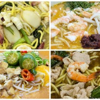 Photo taken at Tai Sun Eating House 大山美食中心 by Rodney R. on 10/15/2014