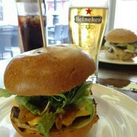 Photo taken at Gourmet Burger Kitchen by Luís P. on 8/31/2015