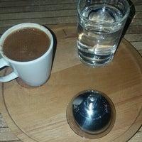 Photo taken at Damak Cafe by Ğül 🌹 G. on 8/22/2016