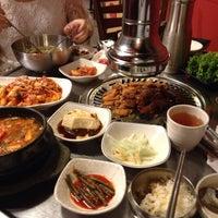 Photo taken at Red Pig Korean Restaurant (빨간돼지 한국식당) by Bang jing Y. on 11/8/2014