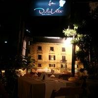 Photo taken at Pizzaria La Dolce Vita by Robson L. on 11/10/2012
