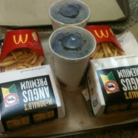 Photo taken at McDonald's by Larcher .. on 10/19/2013