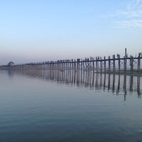 Photo taken at ဦးပိန် တံတား U Bein Bridge by ¥⭕t on 2/9/2013