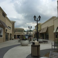 Charlotte Premium Outlet Food Court
