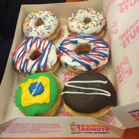 Photo taken at Dunkin' Donuts by Alina E. on 6/27/2014