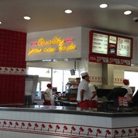 Photo taken at In-N-Out Burger by Diego S. on 1/24/2013