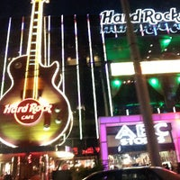 Photo taken at Hard Rock Cafe Las Vegas by Christian L. on 6/13/2013