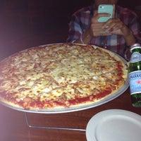 Photo taken at Moretti's Ristorante & Pizzeria by Yuzuru S. on 6/19/2014