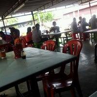 Photo taken at Warung Uncle Same by Azami O. on 11/7/2012