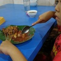 Photo taken at Restoran Kubang Hayuda by Rere M. on 4/1/2016