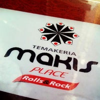 Photo taken at Temakeria Makis Place by Jéssica S. on 7/16/2013