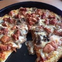 Photo taken at Joey's Pizza by Prateek G. on 9/3/2013