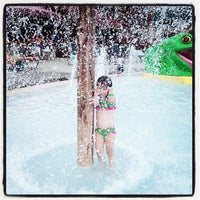 Photo taken at Great Wolf Lodge by Leslie T. on 7/28/2013