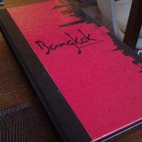 Photo taken at Restaurante Bangkok by Gisa C. on 10/27/2012