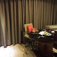 Photo taken at 北京中关村皇冠假日酒店 Crowne Plaza Beijing Zhongguancun by sonia on 12/18/2015