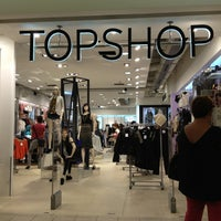 Photo taken at Topshop/Topman by Dee Da S. on 9/29/2012