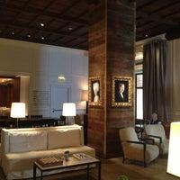 Chicago s best boutique hotels travel leisure for Boutique hotels gold coast chicago