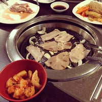 Photo taken at Blue Garden Korean BBQ Restaurant by 🎀✨Celine✨🎀 on 12/27/2013