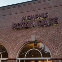 Photo taken at Memphis Pizza Cafe by frankd R. on 8/26/2014