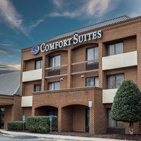 Photo taken at Comfort Suites Chesapeake by Yext Y. on 5/21/2016