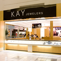 Photo taken at Kay Jewelers by Yext Y. on 6/29/2016