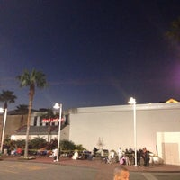 Photo taken at House Of Hoops Orlando by Kevin K. on 12/20/2014