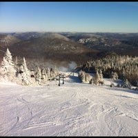 Photo taken at Station Mont Tremblant Resort by jaywest on 11/30/2012
