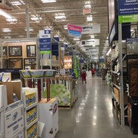 Photo taken at Lowe's Home Improvement by Eddie B. on 6/4/2016