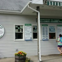 Photo taken at The Collins Creamery by Lindaaaa . on 7/8/2015