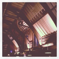 Photo taken at The Hedley Verity (Lloyd's No. 1 Bar) by Steve C. on 2/15/2013
