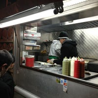 Photo taken at El Rey Del Taco Truck by Julius Erwin Q. on 2/28/2013