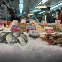Photo taken at Sea Breeze Fish Market by Joggel on 11/13/2015