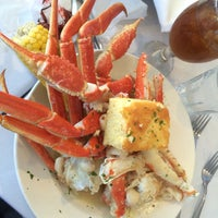 Photo taken at Peter's Clam Bar & Seafood Restaurant by Barbara L. on 9/6/2015