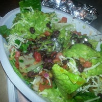 Photo taken at Chipotle Mexican Grill by Cha Bella G. on 8/4/2012