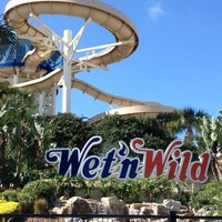 Photo taken at Wet 'N Wild by Marco V. on 2/29/2012