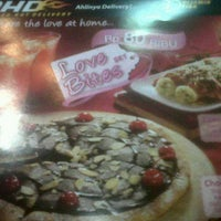 Photo taken at PHD - Pizza Hut Delivery by Nelly S. on 2/12/2012